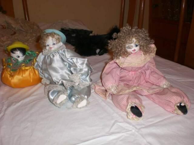 Bambole con viso, mani e piedi in porcellana