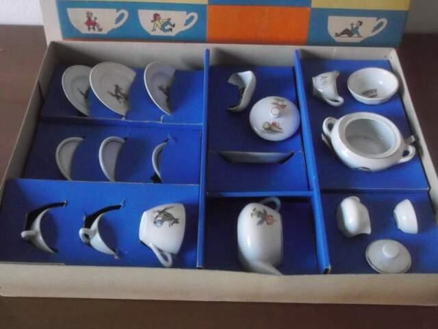 Servizio da tè/da tavola giocattolo anni '50 ben 19 pezzi !