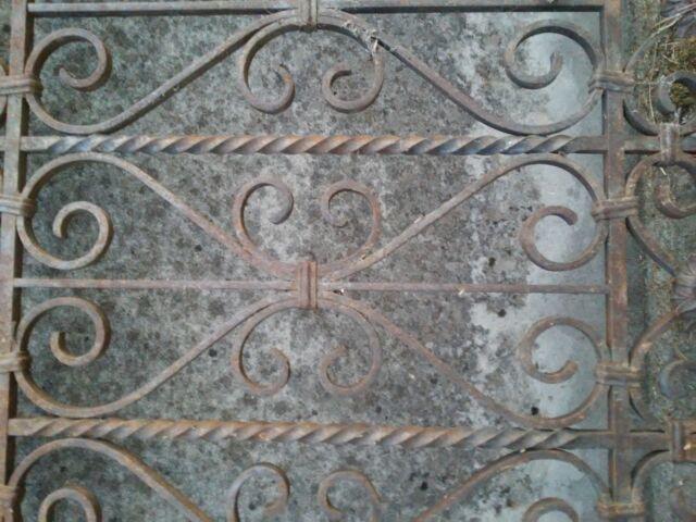 Ringhiera antica per balcone