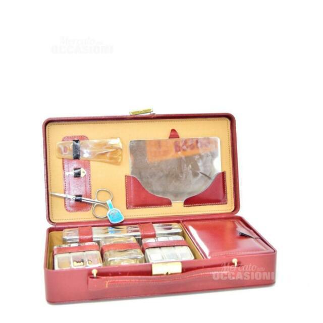 Valigetta Da Viaggio Rossa Con Accessori Vintage