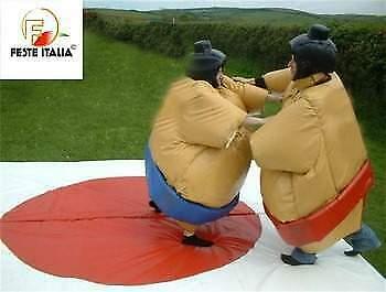 Noleggio gioco sportivo lottatori di sumo
