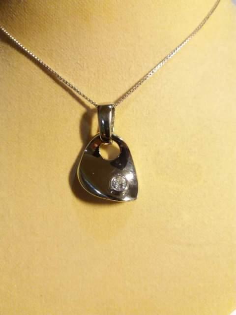 Ciondolo argento con catenina