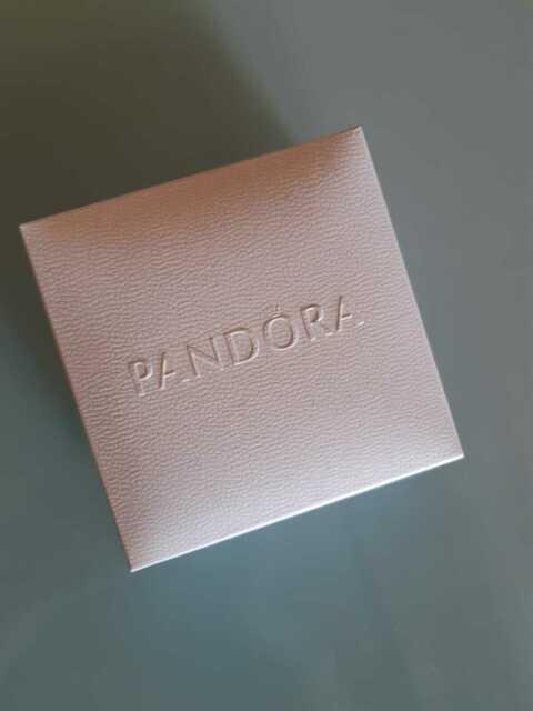 Bracciale Pandora con Charm Fiore
