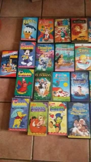 Video cassette cartoni animati