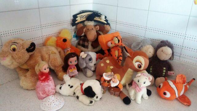 LOTTO 15 pezzi peluche Disney, 101 re leone, Bambi, Nemo,