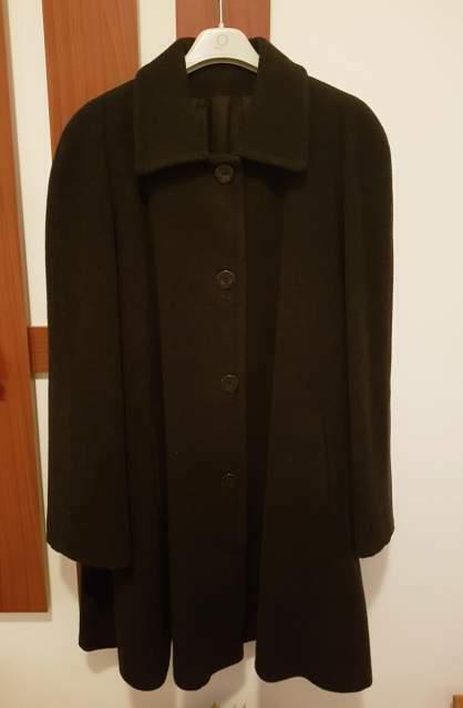 Cappotto donna pura lana mai usato taglia M nero