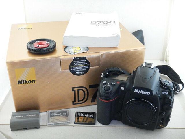 Nikon D700 Nital  Scatti + 2x Batterie + 2x Lexar