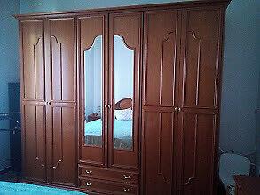 Camera da letto matrimoniale in legno