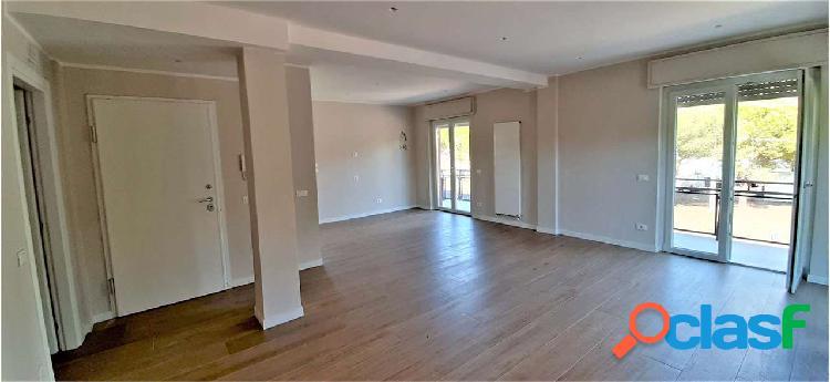 Appartamento ristrutturato con 3 camere San Sisto