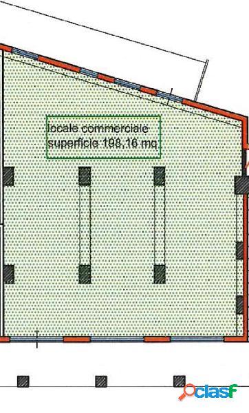 Basso commerciale in Zona Corso Gelone 200mq