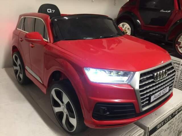 Auto macchina elettrica Q7 rosso (pelle SLINE)