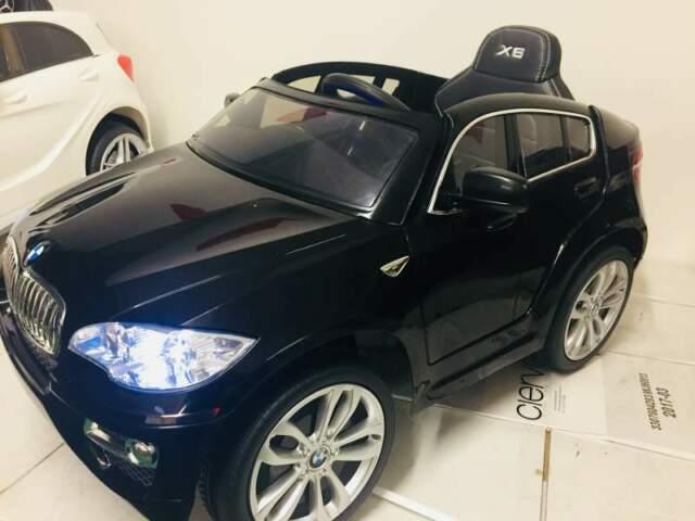 Auto macchina elettrica bmw x6 TOTAL BLACK