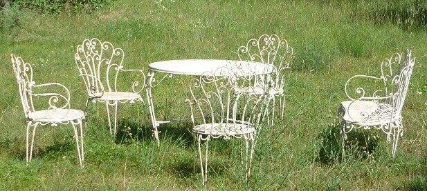 Tavolo rotondo da giardino con 4 sedie e 1 divanetto da 2