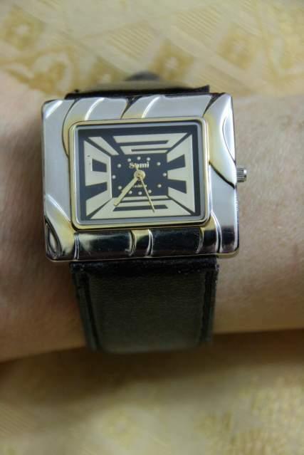 Orologio da donna, con cinturino in similpelle nero