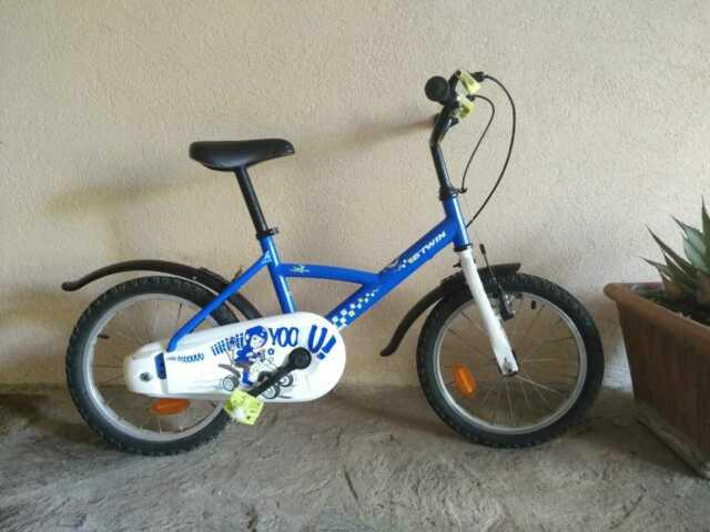 Bicicletta bimbo 4/6 anni 16'' + caschetto omaggio