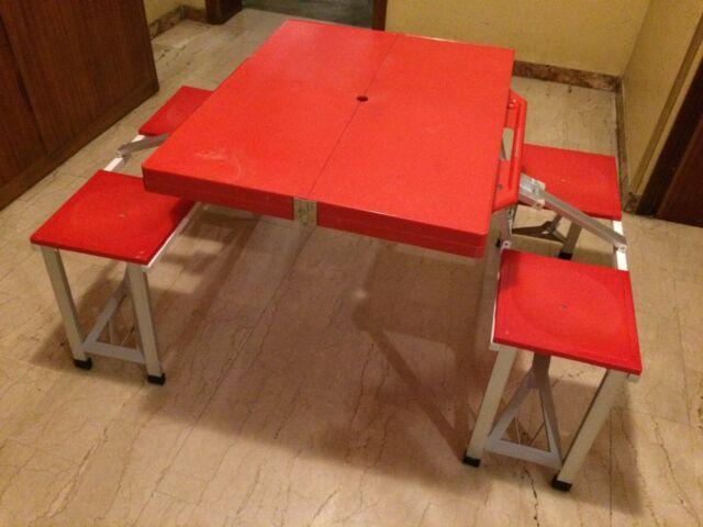 Tavolo da pic nic con sedie