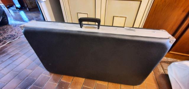 Lettino pieghevole portatile in alluminio a valigia