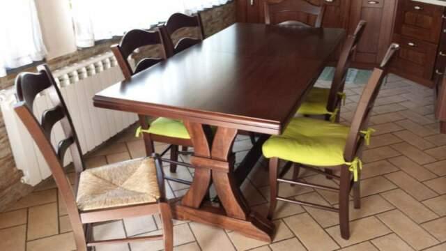 Tavolo allungabile in legno + 6 sedie in legno
