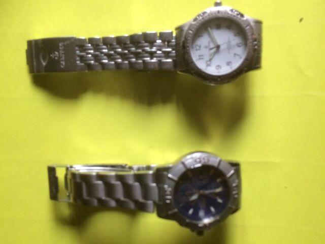 Due orologi da uomo funzionanti