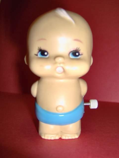 Tomy, bambolino anni '70 carica a molla