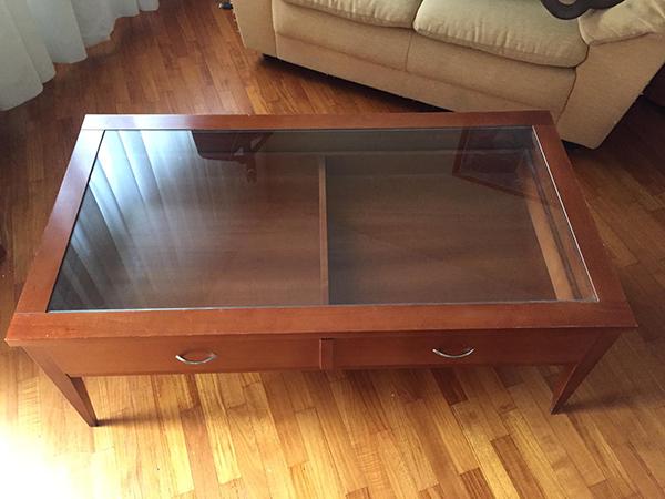 Tavolino da sala in ciliegio e vetro