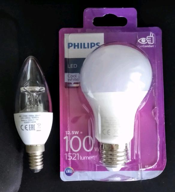 2 Lampadine Led Philips + 1 lampadina Led nobrand