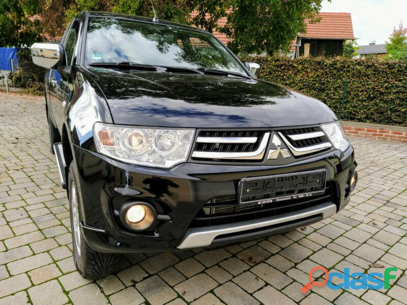 Mitsubishi L200 Pick Up 4x4 DPF Invite Club Cab