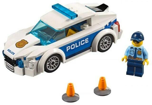 CITY Auto di pattuglia della polizia