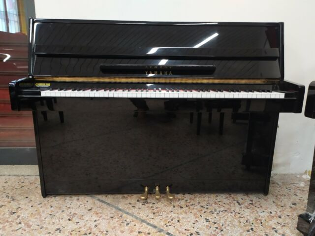 Pianoforte Yamaha C110A trasporto e accordatura inclusi