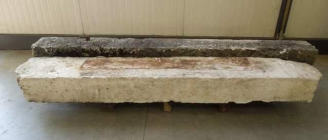 Spalla di porta in marmo antico