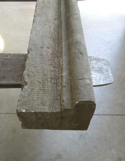 Stipite in marmo antico per caminetto, mensola o davanzale