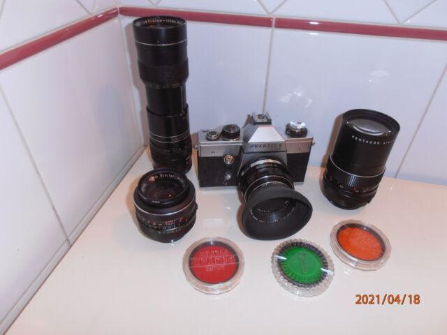 Macchina foto vintage PRAKTICA LLC e obiettivi